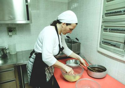 la_risorgiva_agriturismo_biologico_piacenza_gallery_preparazioni03